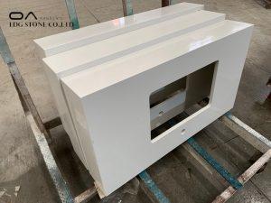 calacatta white quartz countertop