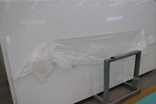 Single White Color Quartz EDG9001