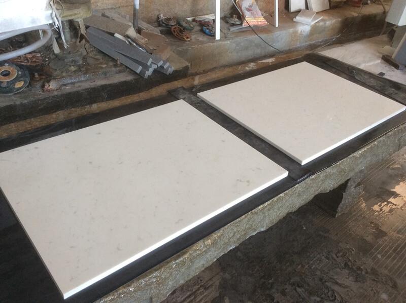 white sparkle quartz kitchen worktop