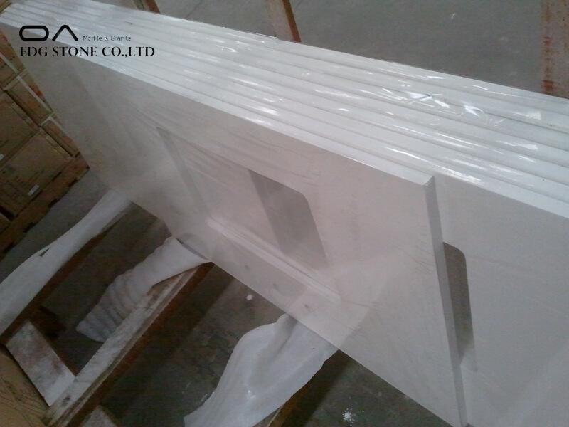 tan quartz countertops