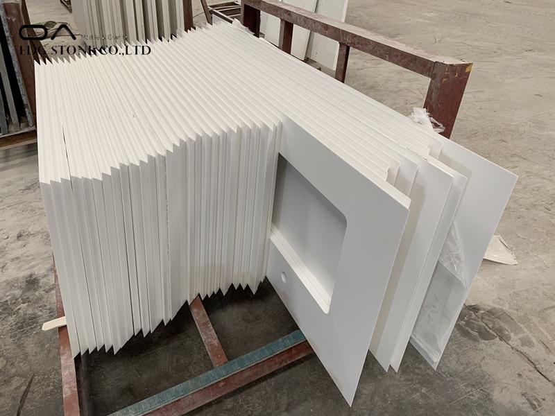 white quartz stone slab