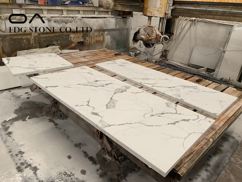 white quartz countertop with grey veins
