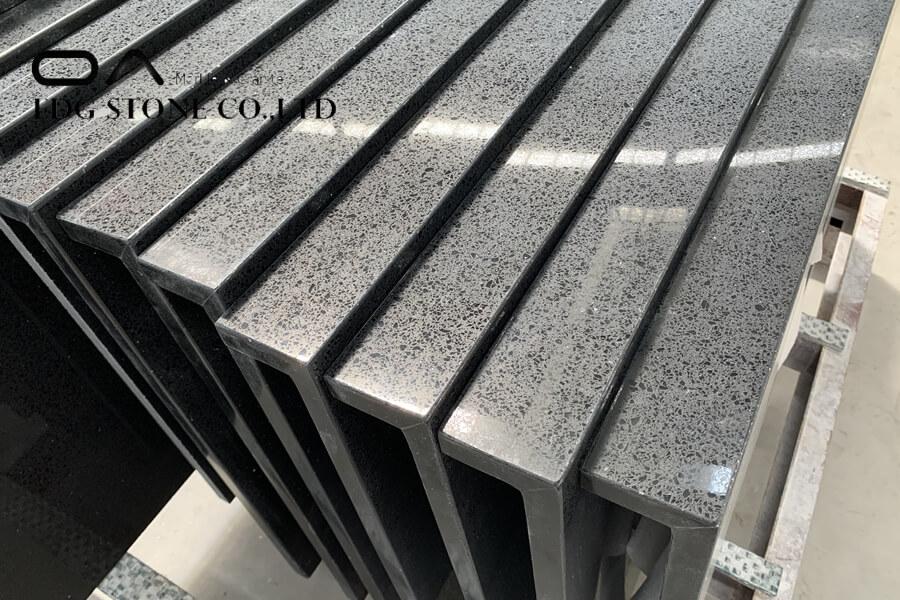 black quartz worktop